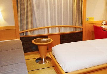 brittany_ferries_pont_aven_outside_4_bed_de_luxe